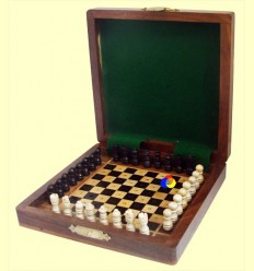 Joc d'Escacs en fusta per viatge - 12,5 centímetres ******
